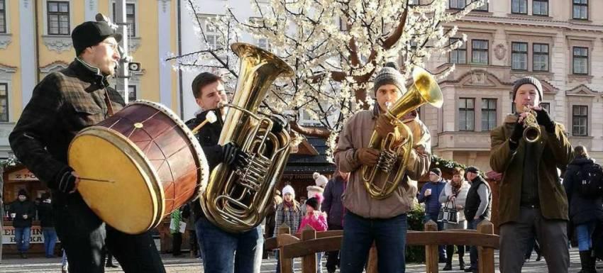 Lovesong Orchestra & Balkan Party Band